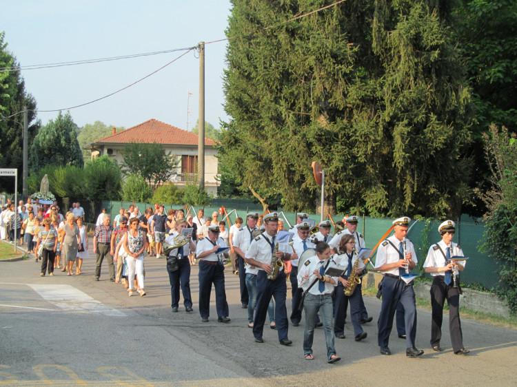 Il Corpo Musicale Villadosia durante la processione